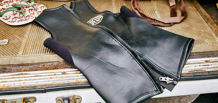 高い信頼性を誇るデウス エクス マキナのウェットスーツ